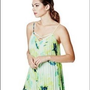 GUESS summer bloom pleated dress